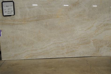 Quartz Countertops Baton by 17 Best Ideas About Taj Mahal Quartzite On