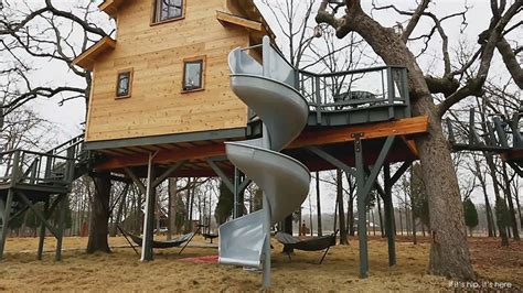Treehouse Backyard World S Coolest Man Cave Is A Treehouse