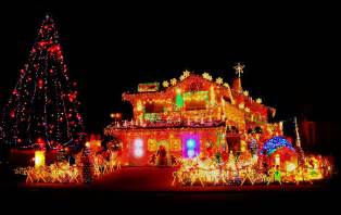 christmas lights home decor 25 christmas decorated houses that were clearly done by