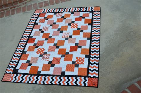 quilt pattern for disappearing nine patch halloween disappearing 9 patch quilt