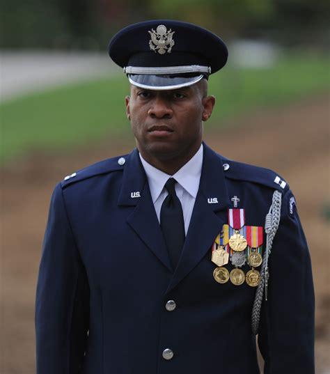 Officer One by Air Chaplain Faces Unique Challenges Gt U S Air