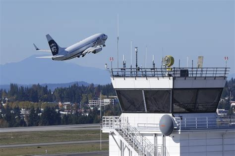alaska airlines ceo prepares    deltas challenges