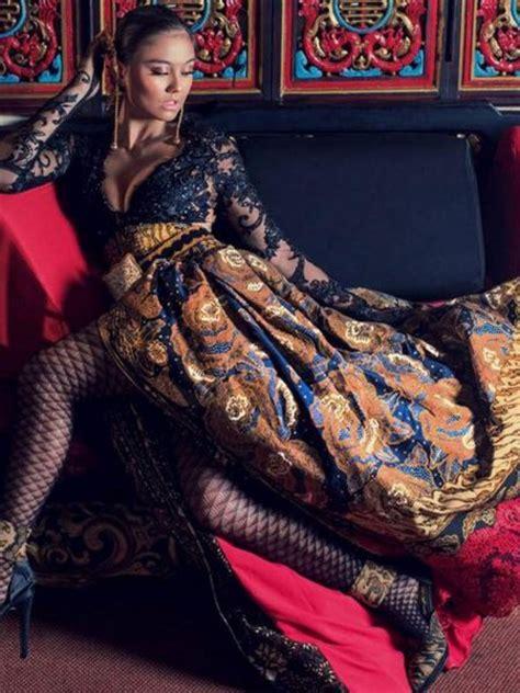 Batik Kebaya Agnes penilan agnes saat memakai kebaya ide