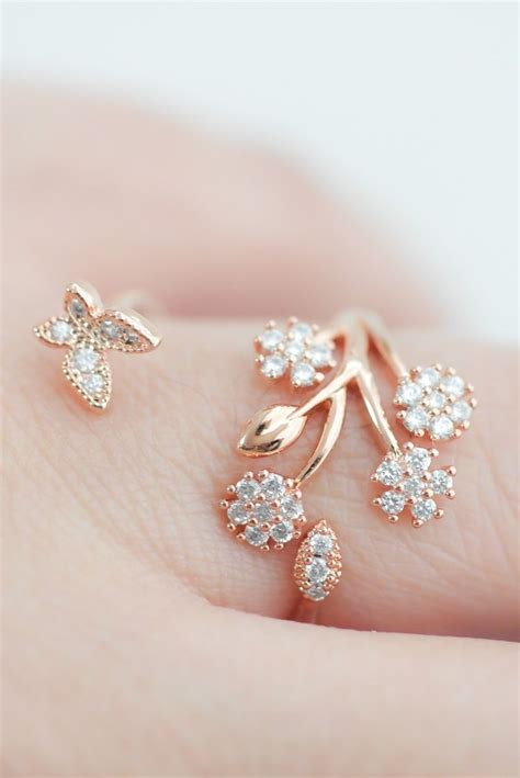 Rings With Flowers by 210 Best Cellina Images On Rings Simple