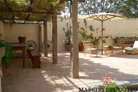 pavimenti per verande esterne cotto fatto a mano per portici e verande pavimenti esterni