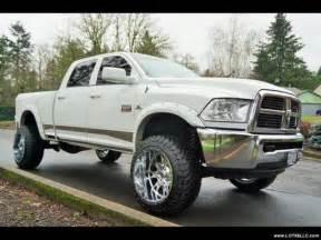 Lifted Truck Chrome Wheels 3d7ut2cl4bg547688 2011 Ram 2500 Lifted 4x4 20 Quot Fuel
