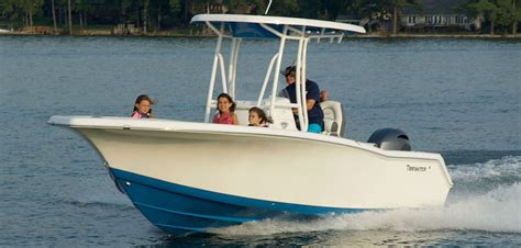 tidewater boats lexington tidewater 220 cc adventure tops in the class of 22 footers