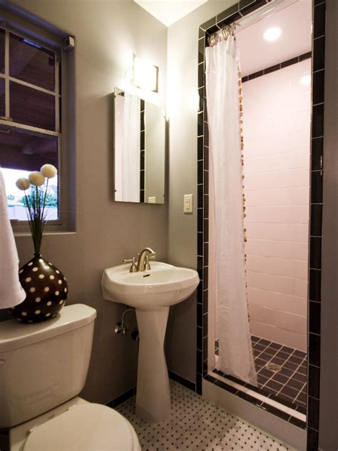 Images Of Small Bathrooms Designs by Traditional Bathroom Designs Pictures Ideas From Hgtv