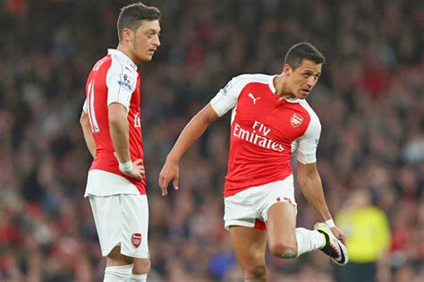 alexis sanchez weekly wage arsenal news mesut ozil and alexis sanchez want 163 250 000