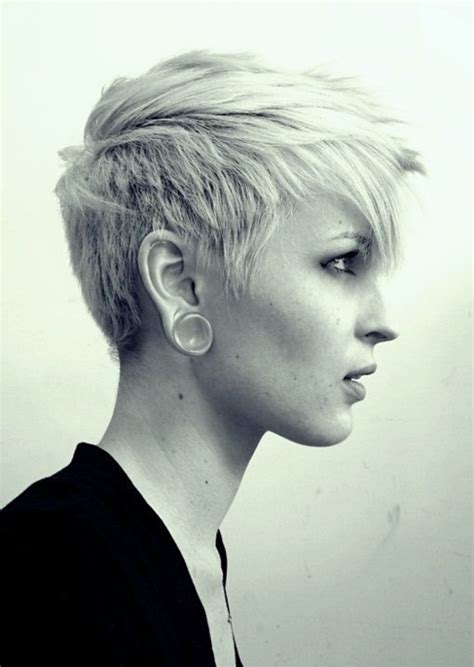 short edgy undercut hairstyles michelle williams short hair cable car couture
