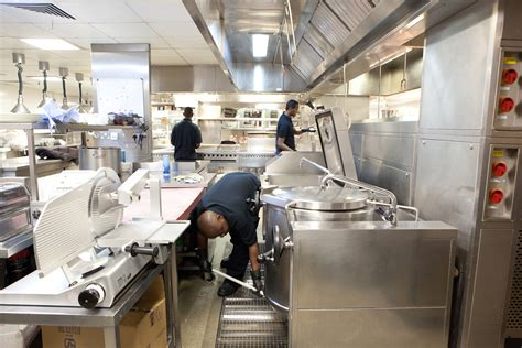 cleaning a kitchen we clean nj restaurants from top to bottom