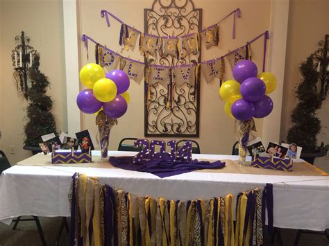 s lsu table and decor for graduation