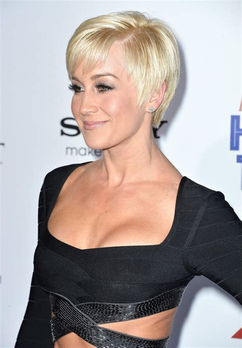 Kellie Pickler Pixie Hairstyle Photos by Kellie Pickler Pixie Haircut Pictures Hairstyle 2013