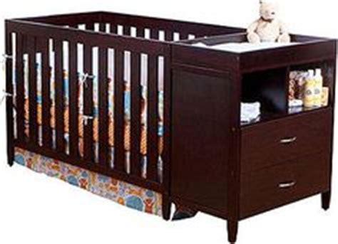 Murphy Changing Table 1000 Images About Recamaras Juveniles On Pinterest Fruit Box Bunk Bed And Murphy Beds