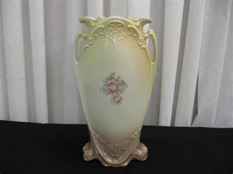 Antique Porcelain Vase Markings by Antique Porcelain 2 Handle Vase Markings Underneath For