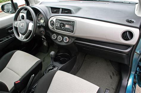 how make cars 2012 toyota yaris interior lighting toyota yaris interior 2012 image 67