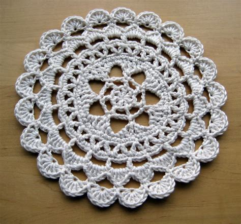 Free Patterns Using Crochet Thread | passion flower doily make my day creative