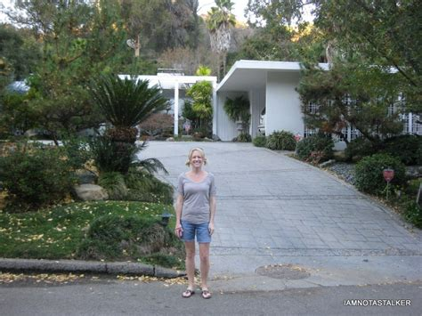 brady bunch house address mike and carol brady s homes from the pilot episode of quot the brady bunch quot iamnotastalker