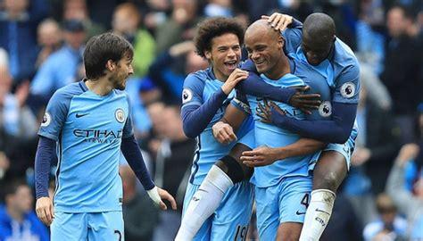 Tshirtt Shirtkaosoblongsablon Bola Klub Manchester City manchester city dan saudara guardiola beli klub girona bola tempo co