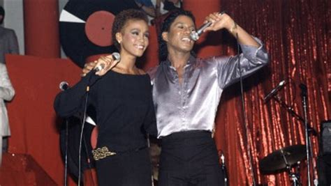 what does whitney thores dad do 10 things about whitney houston you didn t know abc news