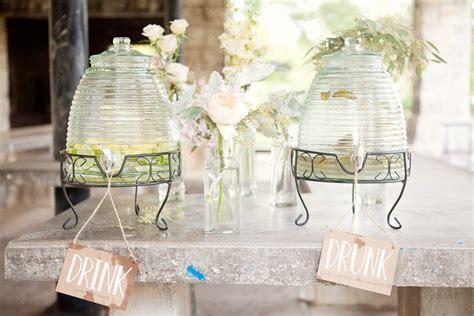 wedding themes outdoor wedding pastels