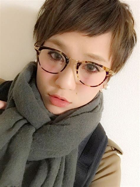 asian hairstyles glasses 1241 best images about girls who wear glasses on pinterest