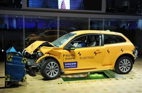 Volvo Injury Proof Car 2020 by The Word Groundswell Volvo Says It Will Make