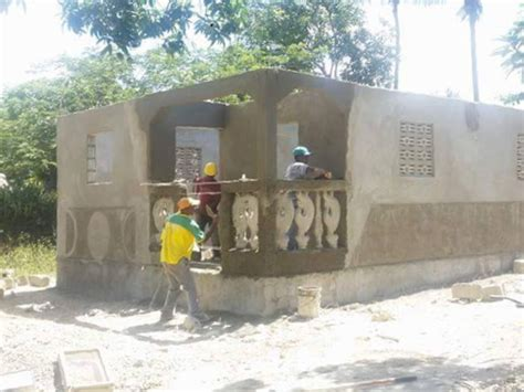 Volunteer in Haiti   Build Homes for those in Need   Build
