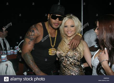 Pictures Of Gardens And Flowers by Flo Rida And Alexis Texas Stock Photos Amp Flo Rida And