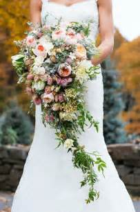 20 stunning cascading bouquets expert tips from florists bridal musings