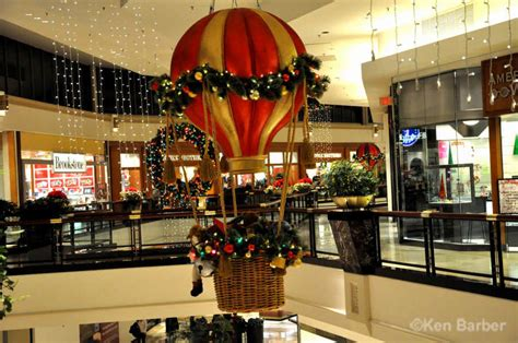 christmas displays near king of prussia king of prussia mall at photos