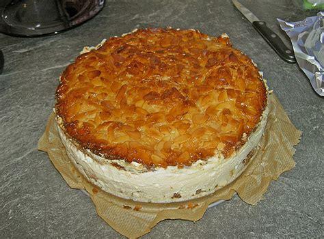 bienenstich kuchen mit pudding bienenstich mit pudding und sahne rezept mit bild