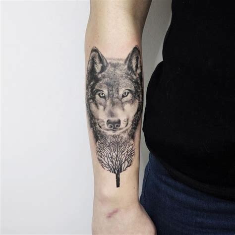 alpha wolf tattoo amazing wolf idea best designs with meaning