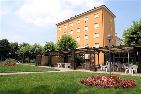 terme acqui terme prezzi ingresso fersinaviaggi it grand hotel nuove terme acqui terme