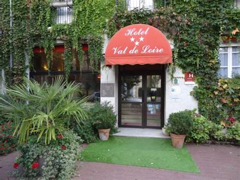 Distance Tours Azay Le Rideau by Hotel Cheille Hotels Near Cheill 233 37190