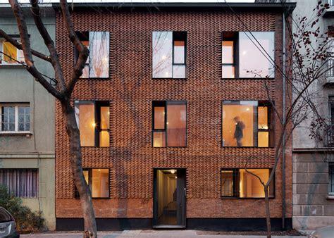 textured front facade modern box home textured brick buildings textured brick