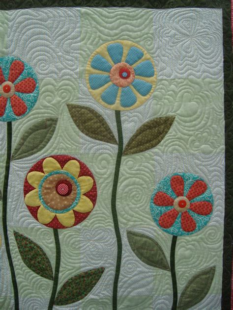Patchwork Applique - applique before or during quilting