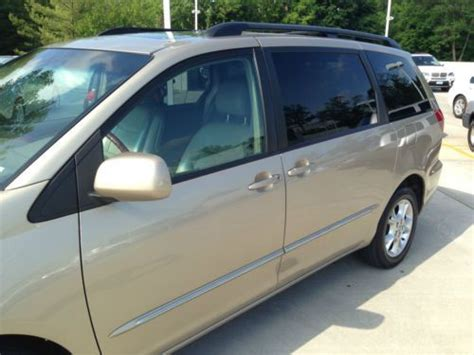 auto air conditioning repair 2004 toyota sienna parking system find used 2004 toyota sienna xle limited one owner 109950 miles no reserve in pomona