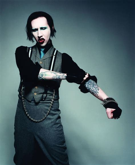 marilyn manson this the the outfit for marilyn manson role of the mad