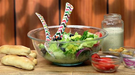 make these olive garden style salad and breadsticks at home today