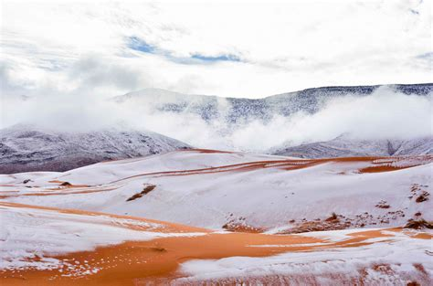 sahara desert snow photos the sahara desert painted white with snow the