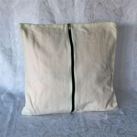 coussin vert olive housses de coussin en coton 233 cru avec tissu traditionnel andin aguayo