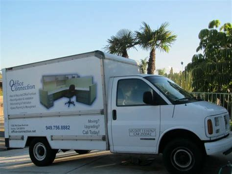 purchase used 2002 gmc savana 3500 light duty small 10 12 ft box truck van in san clemente