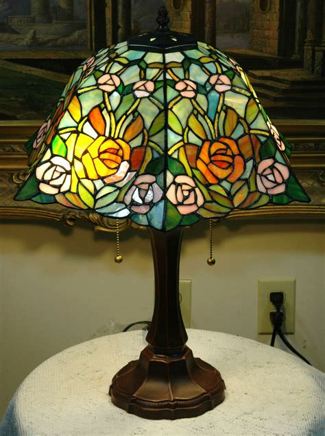 Stained Glass Desk Ls by 16 Quot W Roses Stained Glass Style Table Desk L