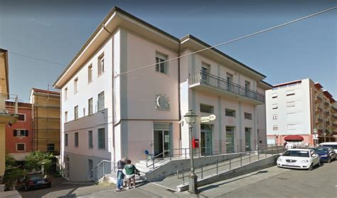 ufficio postale la spezia tenta rapina alle poste di sarzana fermato dai carabinieri