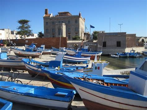 favignana turisti per caso porto di favignana viaggi vacanze e turismo turisti