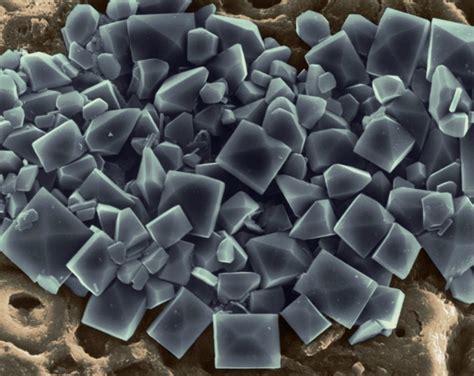 lada ai cristalli di sale i minerali