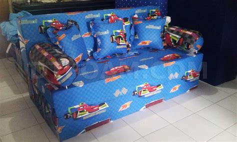 Sofa Bed Motif Karakter sofa bed inoac untuk anak motif karakter kartun cars biru