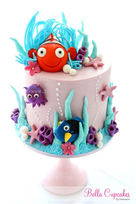nemo dory finding nemo inspired top cake part of a cupc flickr