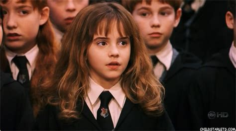 hermione granger in the 1st movoe child starlets images emma watson hd wallpaper and